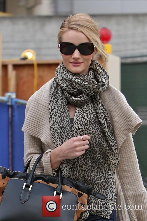 rosie huntington whiteley rosie huntington whiteley seen arriving at 3513958