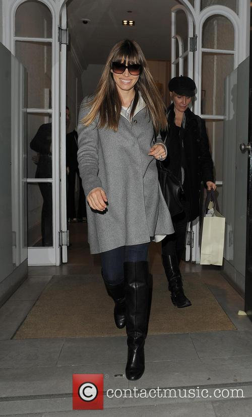 Jessica Biel At The Stella McCartney Boutique