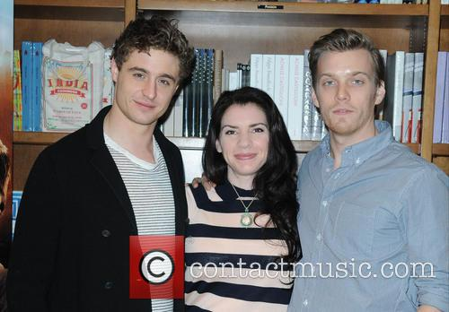 Stephanie Meyer, Jake Abel and Max Irons 2