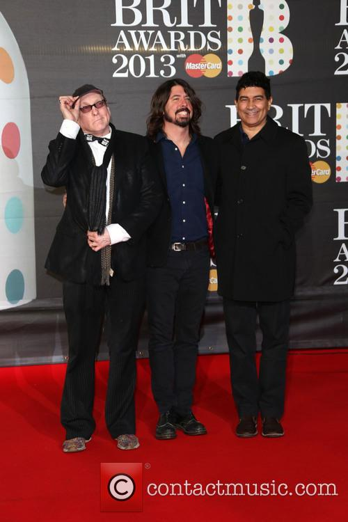 Pat Smear, Dave Grohl and Rick Nielsen 2