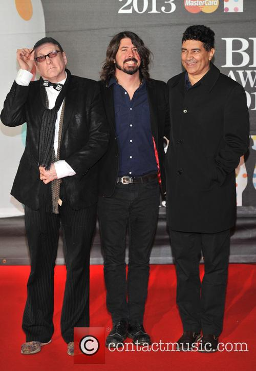 Pat Smear, Dave Grohl and Rick Nielsen
