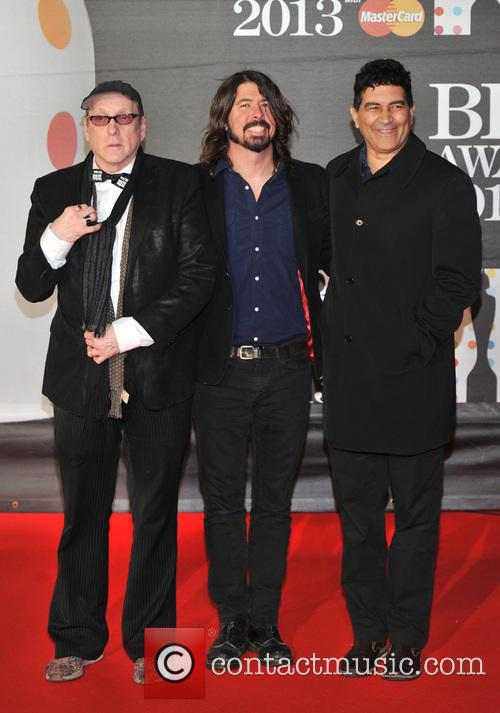 Pat Smear, Dave Grohl and Rick Nielsen 3