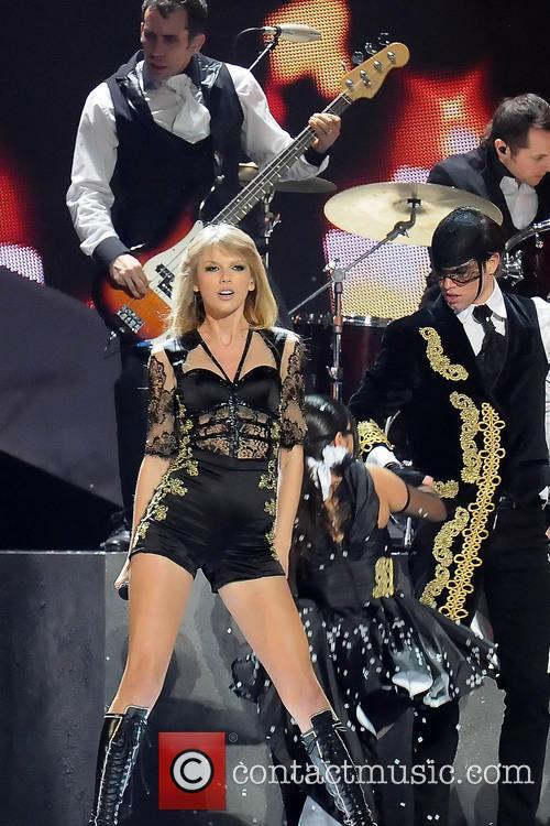 Taylor Swift, O2 Arena, Brit Awards