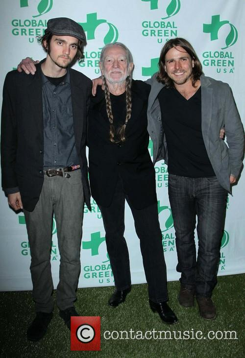 Jacob Micah Nelson, Willie Nelson and Lukas Nelson 4