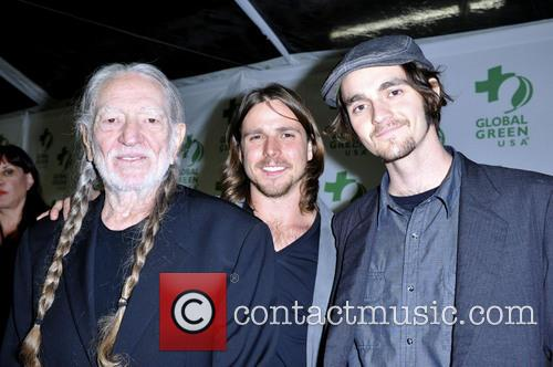 Willie Nelson, Lukas Nelson and Jacob Micah Nelson 10