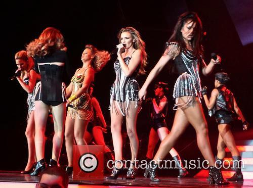 Girls Aloud, Sarah Harding, Cheryl Cole, Kimberley Walsh, Nicola Roberts and Nadine Coyle 6