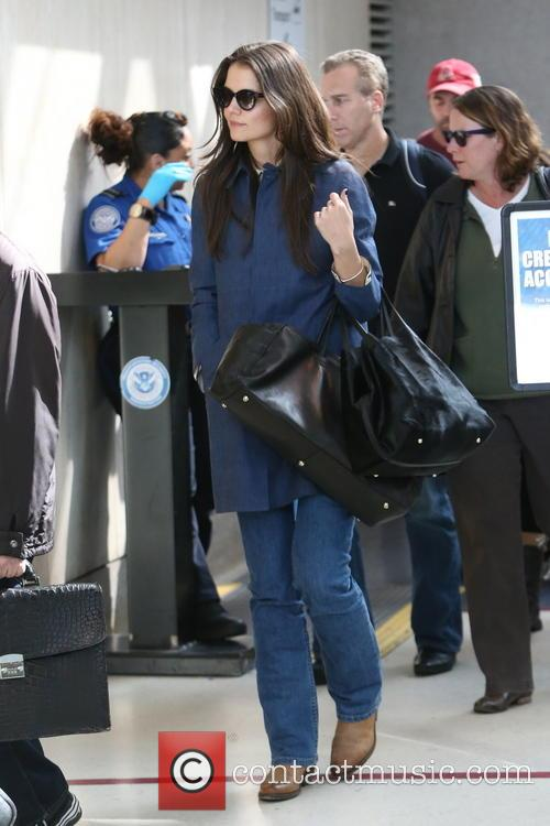katie holmes katie holmes arrives at lax 3518432