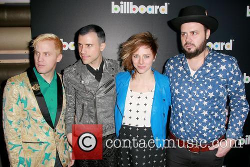 Billboard, Chris Allen, tyler Glenn, Elaine Bradley, Branden Campbell