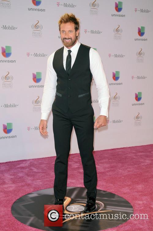 Gabriel Soto 7