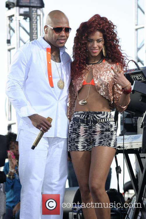 Flo Rida and Natalie La Rose 9