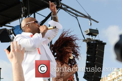 Flo Rida and Natalie La Rose 10