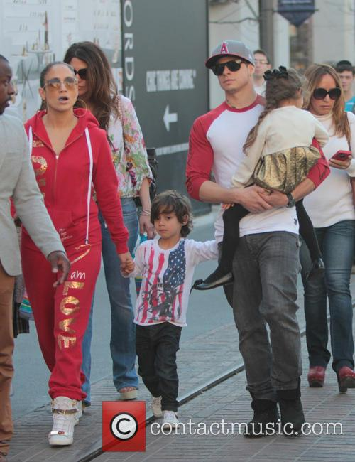 Jennifer Lopez, Maximilian Anthony, Emme Anthony and Casper Smart 4