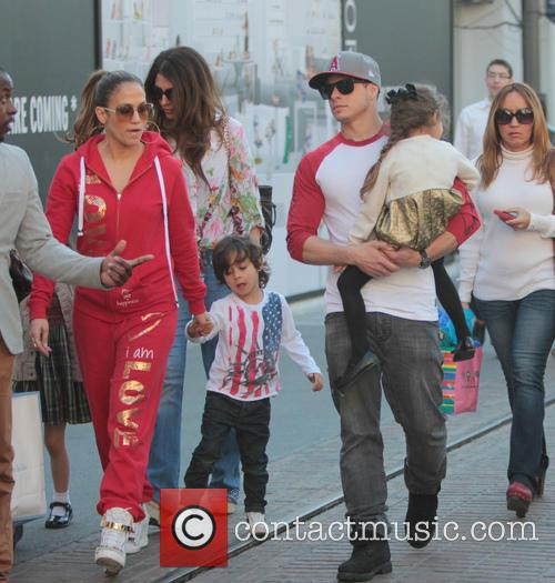 Jennifer Lopez, Maximilian Anthony, Emme Anthony and Casper Smart 6