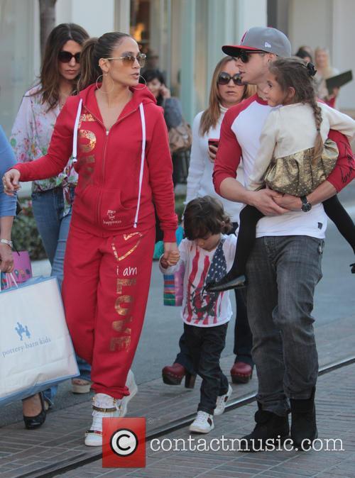 Jennifer Lopez, Maximilian Anthony, Emme Anthony and Casper Smart 6