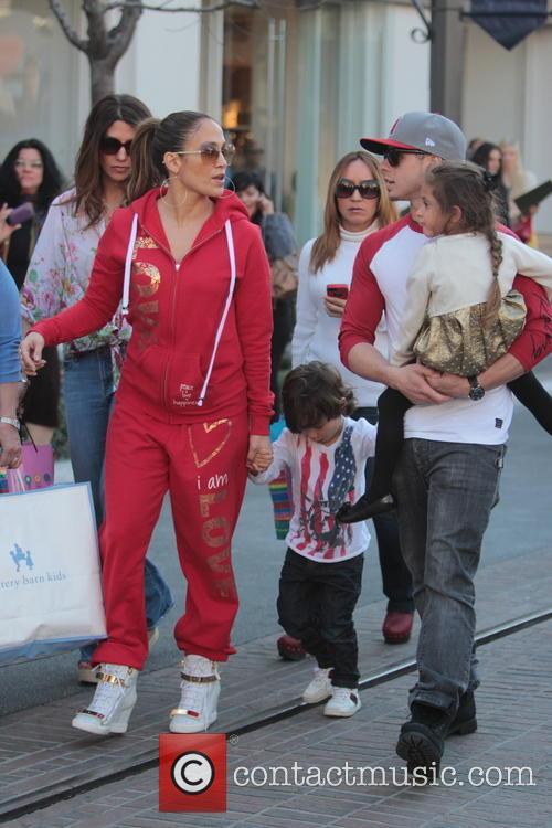 Jennifer Lopez, Maximilian Anthony, Emme Anthony and Casper Smart 11
