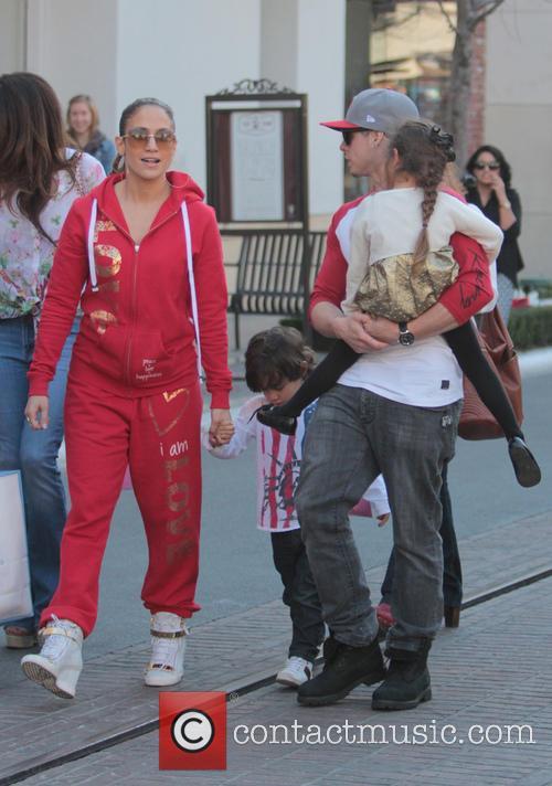 Jennifer Lopez, Maximilian Anthony, Emme Anthony and Casper Smart 15