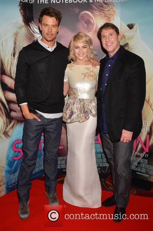 Josh Duhamel, Julianne Hough and Nicholas Sparks 6