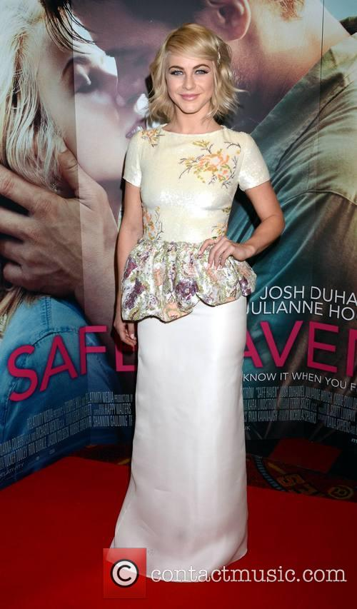 Julianne Hough, Safe Haven Premiere