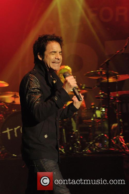 Pat Monahan and Train 7