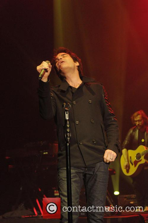 Pat Monahan and Train 9