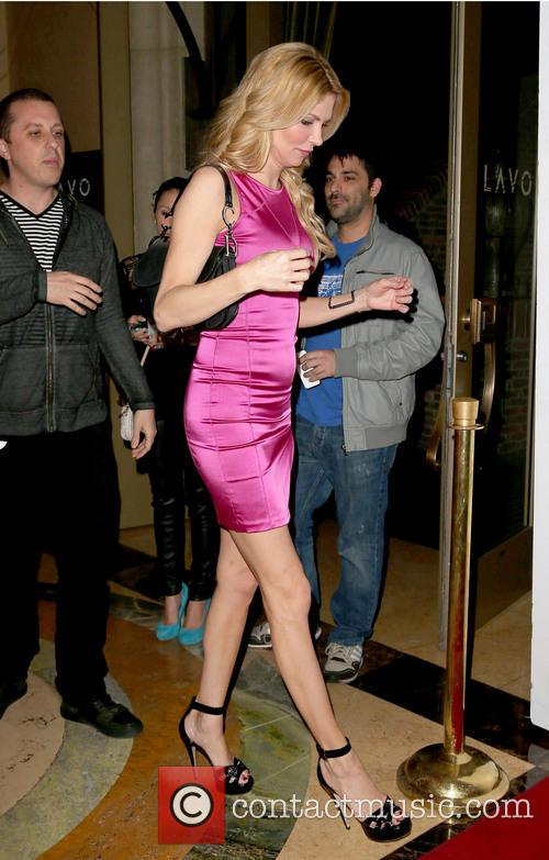 drinking and dating brandi glanville epub On the heels of her new york times bestselling book drinking and tweeting, real housewives of beverly hills star brandi glanville takes readers on a wild ride through her dating life in this highly-entertaining relationship bookdrinking and datin.