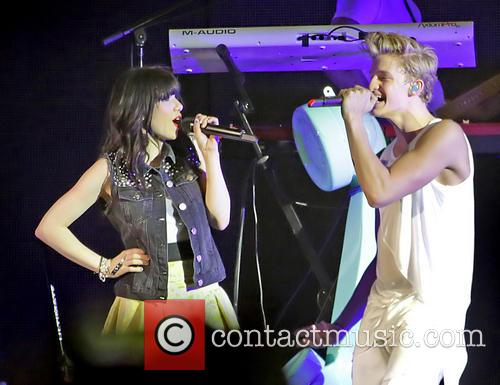 Carly Rae Jepsen and Cody Simpson 2