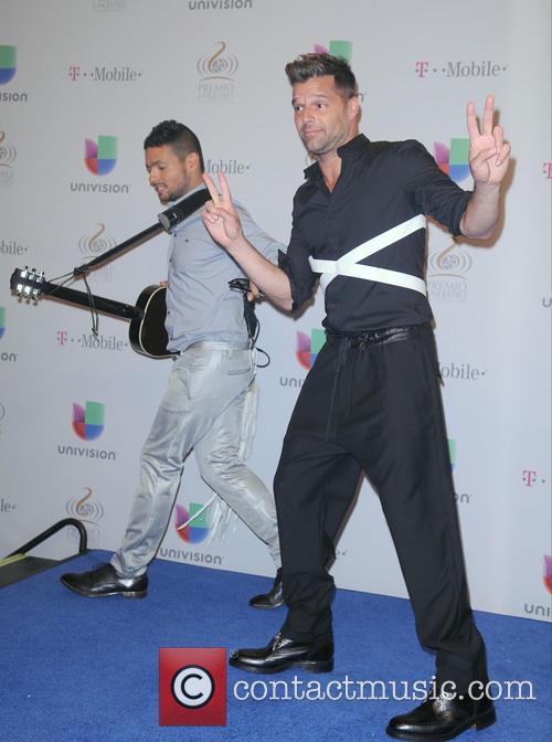 Robi Draco Rosa and Ricky Martin 1