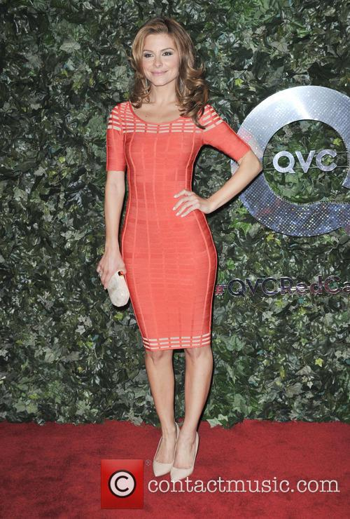 maria menounos qvc red carpet style  3527804