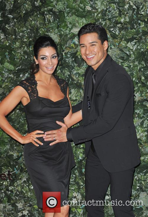 Mario Lopez and Courtney Mazza 1
