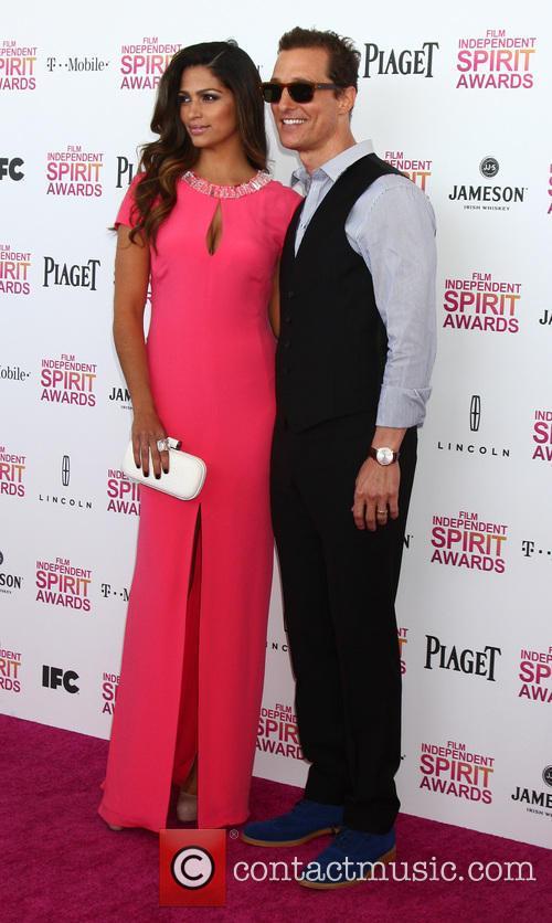 Camila Alves and Matthew McConaughey 1