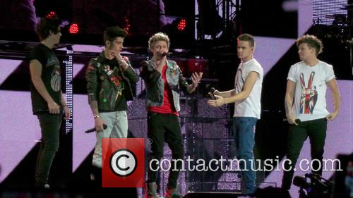 Niall Horan, Zayn Malik, Harry Styles, Liam Payne and Lou Tomlinson 4