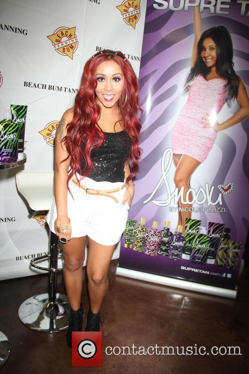 Snooki Flaunts New Body At Tanning Lotion Launch