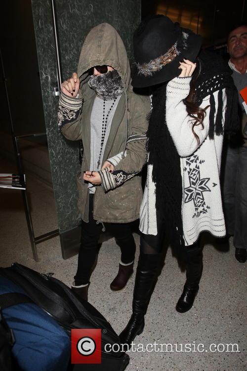 Vanessa Hudgens and Selena Gomez 16