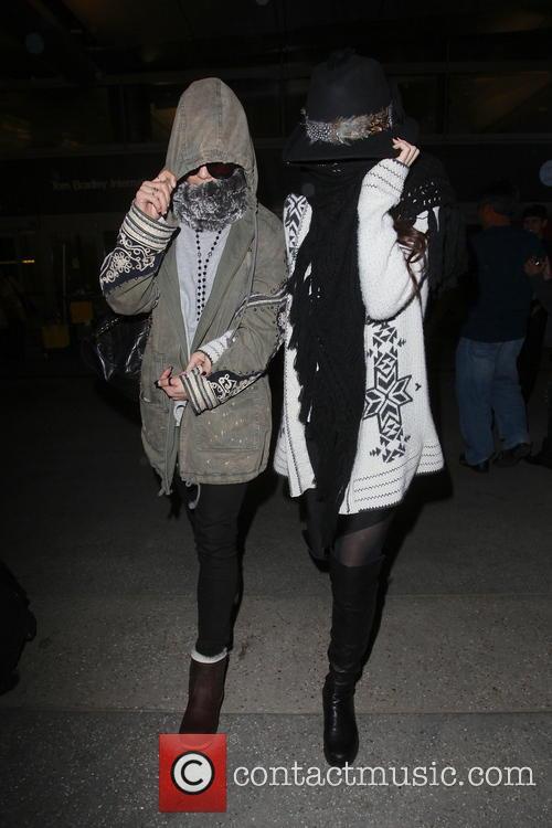 Vanessa Hudgens and Selena Gomez 18