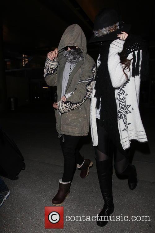 Vanessa Hudgens and Selena Gomez 19