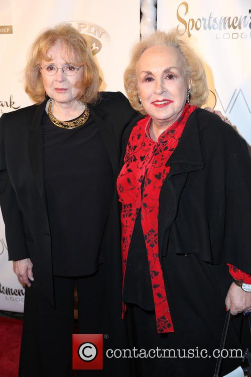 Piper Laurie and Doris Roberts 9