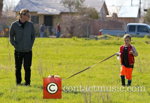 Gavin Rossdale, Kingston Rossdale and Dog 3