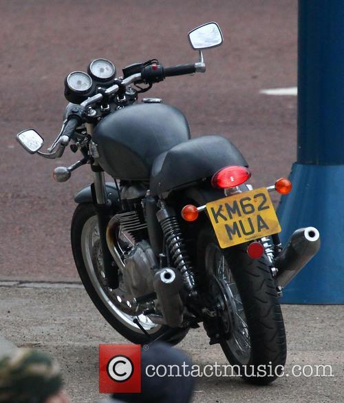 Tom Cruise, Triumph motorbike
