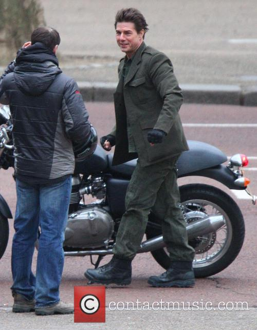 tom cruise tom cruise filming a scene 3522770