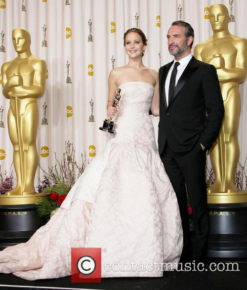 Jennifer Lawrence and Jean Dujardin 4