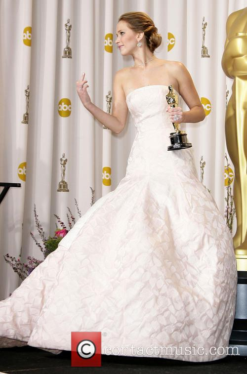 jennifer lawrence oscars press room 3522277