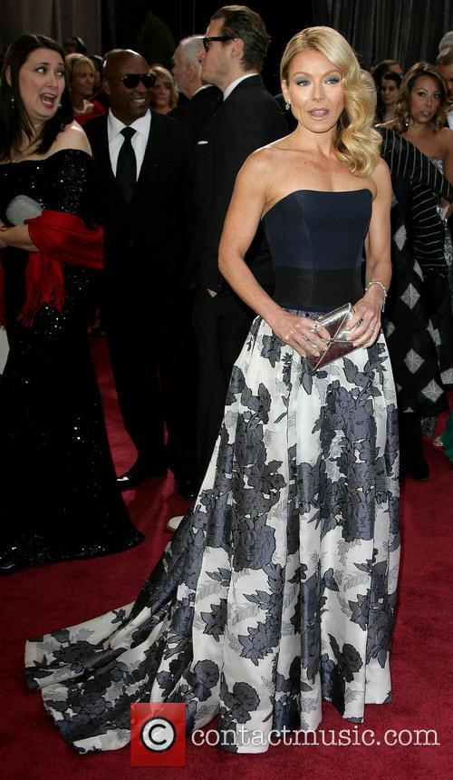 Kelly Ripa, Oscars Red Carpet