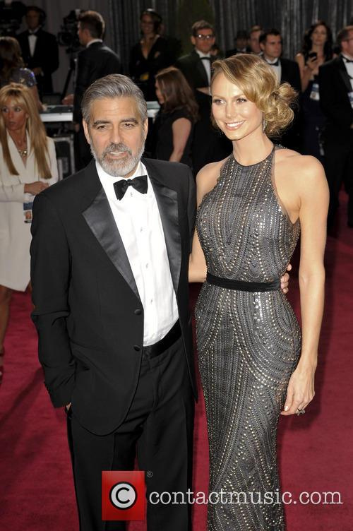 Stacy Keibler and george clooney at 2013 oscars