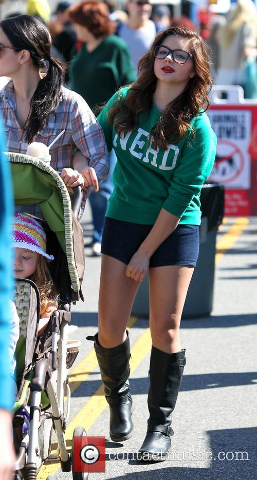 Ariel Winter and City Farmers Market 2