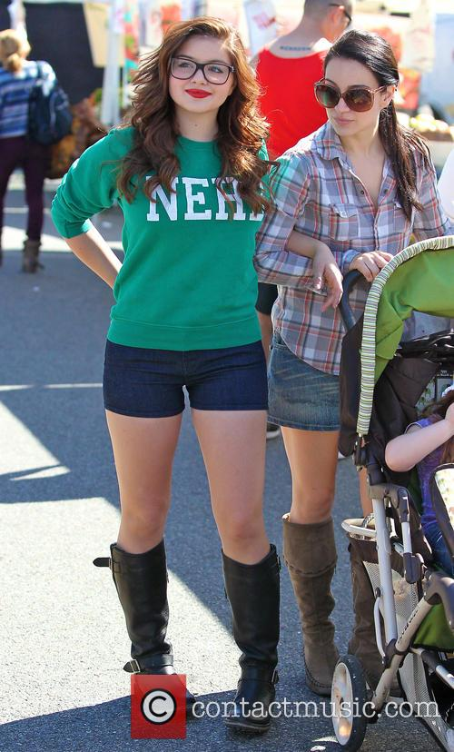 Ariel Winter and City Farmers Market 5