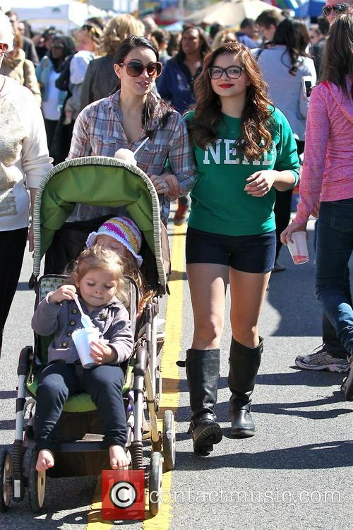 Ariel Winter and City Farmers Market 6