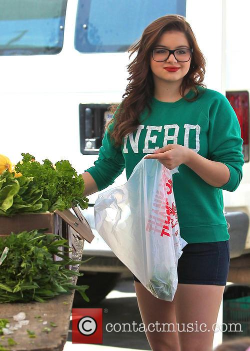 Ariel Winter and City Farmers Market 11