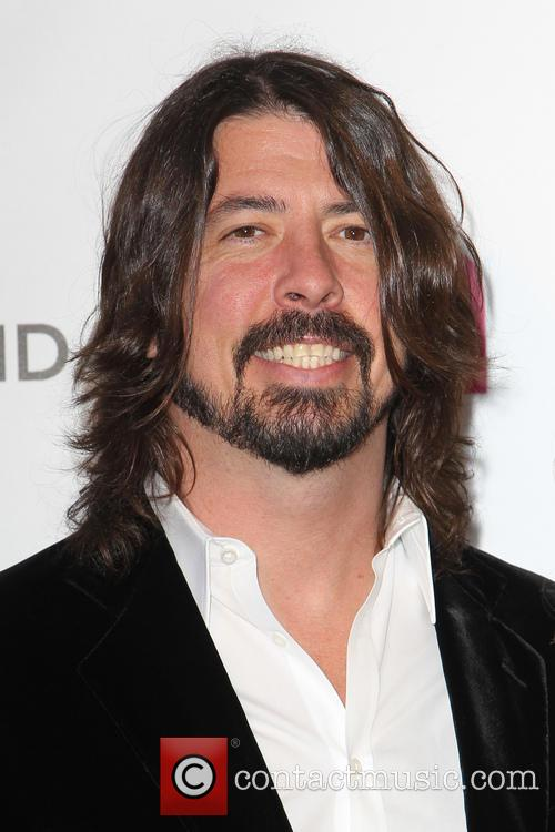 Dave Grohl Says Breaking Leg Was A 'Blessing In Disguise' For Foo Fighters