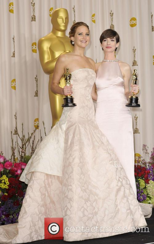 Anne Hathaway and Jennifer Lawrence 7