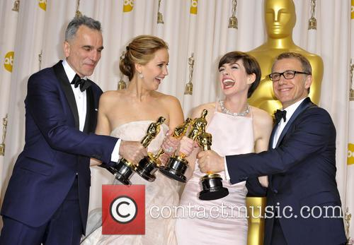 Daniel Day-lewis, Jennifer Lawrence, Anne Hathaway and Christoph Waltz 5